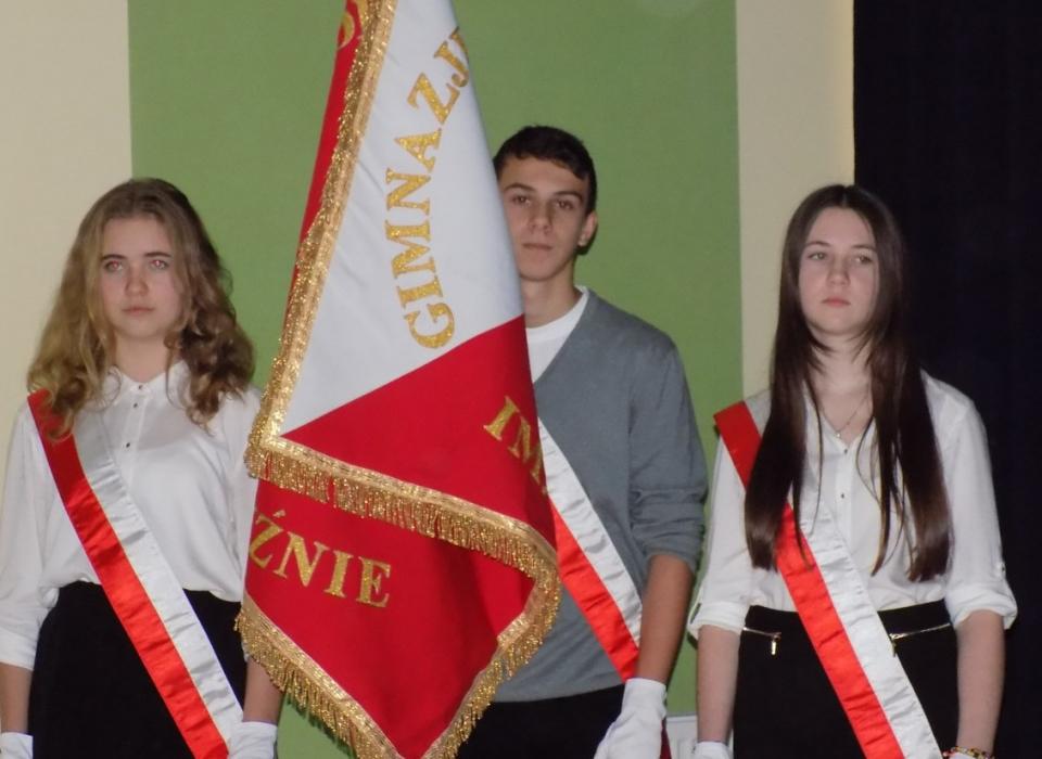 Apel z okazji 11 listopada w gimnazjum